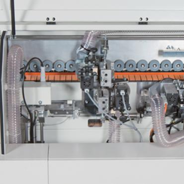 Casadei Industria E550 PM ömledékragasztós automata élzárógép